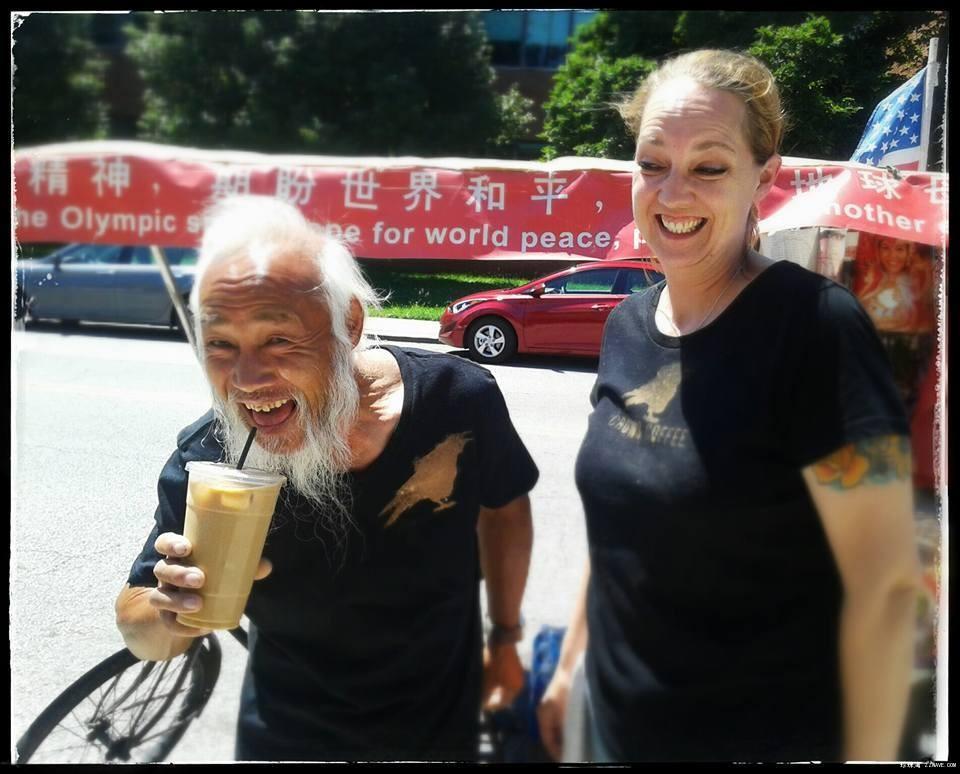 中国钢铁侠迷倒一路美女帅哥_图1-1